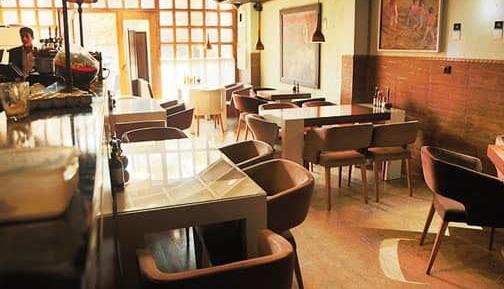 کافه رستوران گوزن