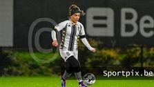 واکنش شارلوا به ماجرای فوتبالیست زن ایرانی