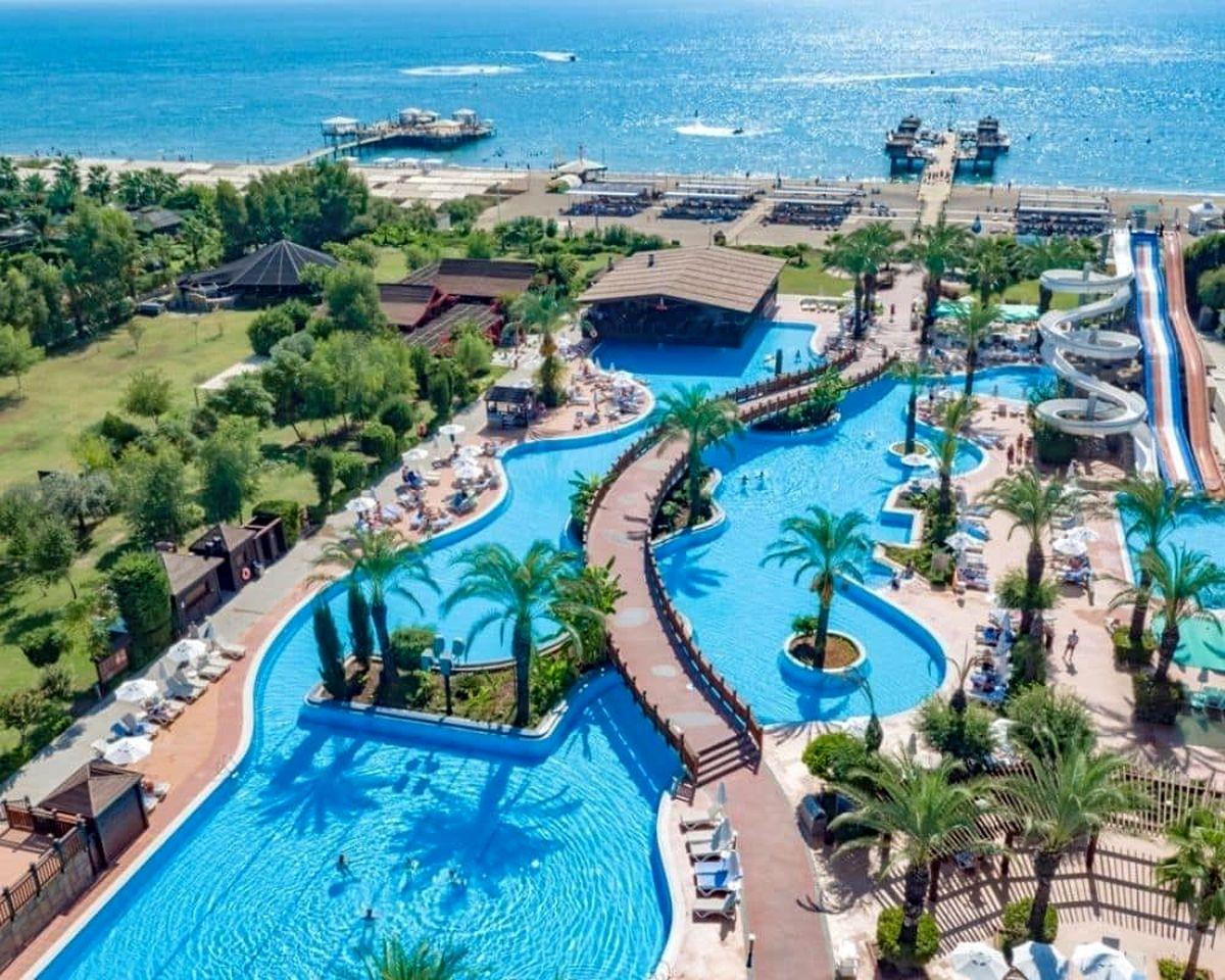 بهترین هتل های تفریحی پنج ستاره آنتالیا