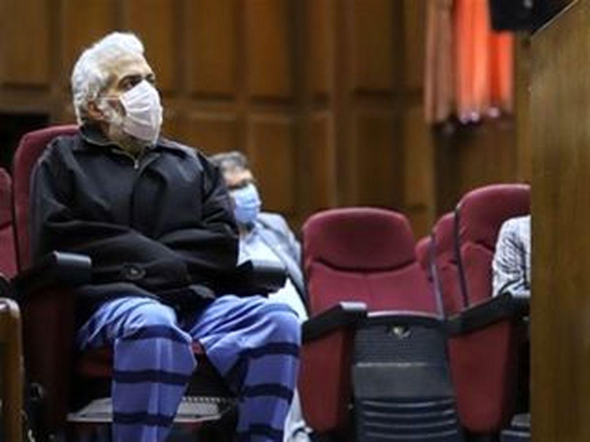 وکیل حسن رعیت: موکلم فقط ۱۰۰۰ میلیارد تومان بدهی دارد!