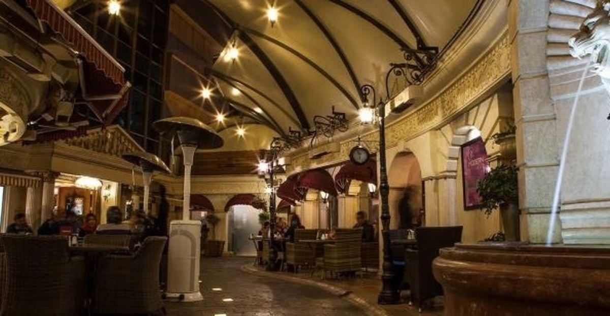 کافه ویکولو ، گشتی در کوچههای رم