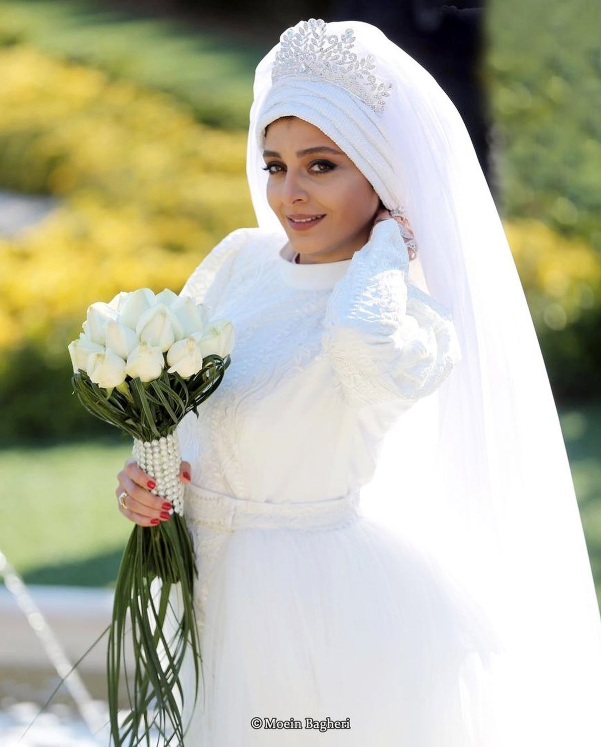 ساره بیات در لباس عروس + عکس